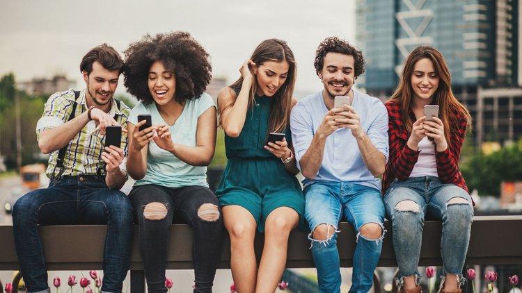 sosyal medya hesapları kişisel web sitesi